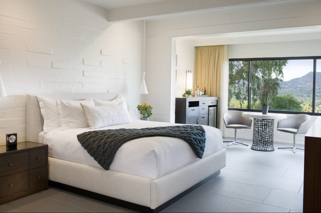 Sanctuary Resort hotel room