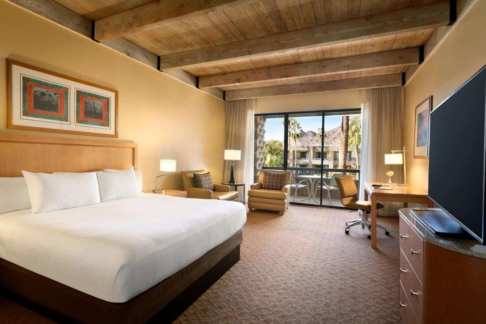 DoubleTree Resort guest room